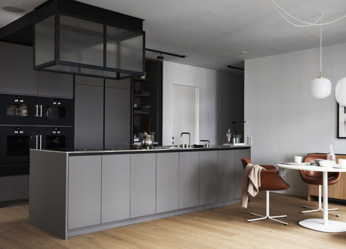A-Stylish-Stockholm-Apartment-with-a-Fab-Inner-Court-Nordicdesign-04