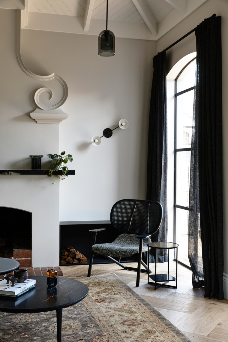 Heritage-Sophistication-Dutch-Gable-House-by-Austin-Design-Associates-Melbourne-VIC-Australia-Image-03